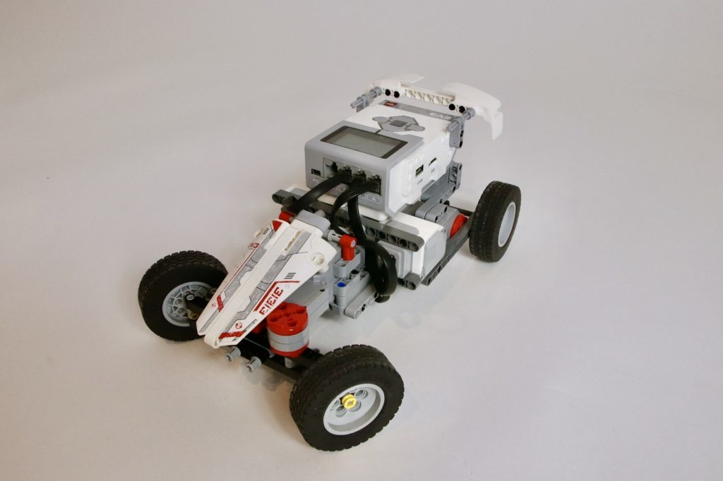 MINDSTORMS EV3 Racecar with PS4 controller